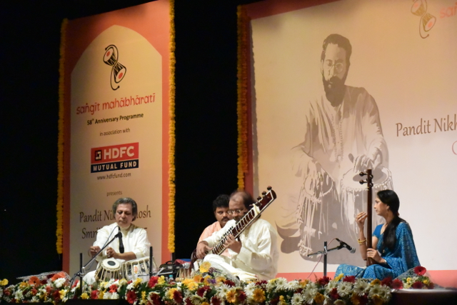 Nayan Ghosh, sitar, with Swapan Chaudhuri, tabla, as Nikhil Ghosh looks on