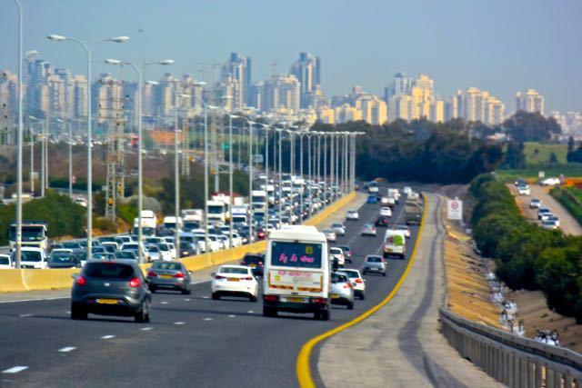 Rush hour from Netanya to Tel Aviv